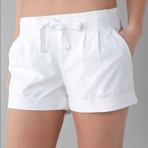 Lululemon Spring Break Away Short II, size 4